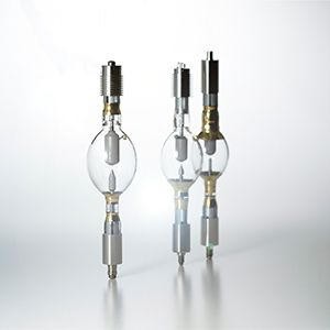 Super high-pressure UV lamps (500 W to 35 kW)